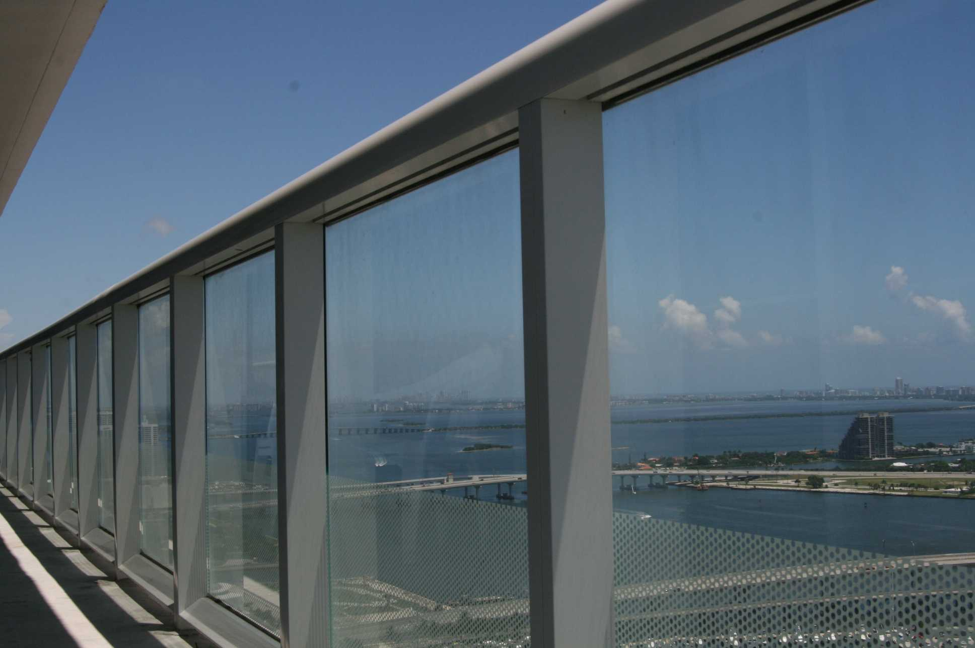 Window Cleaning Miami 786 364 3177 High Rise Window