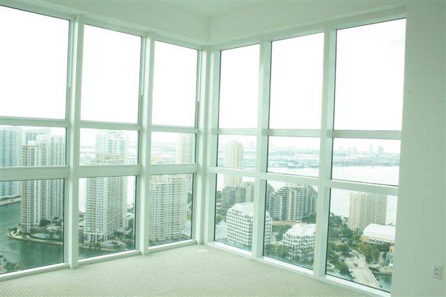 Brickell Clean Windows